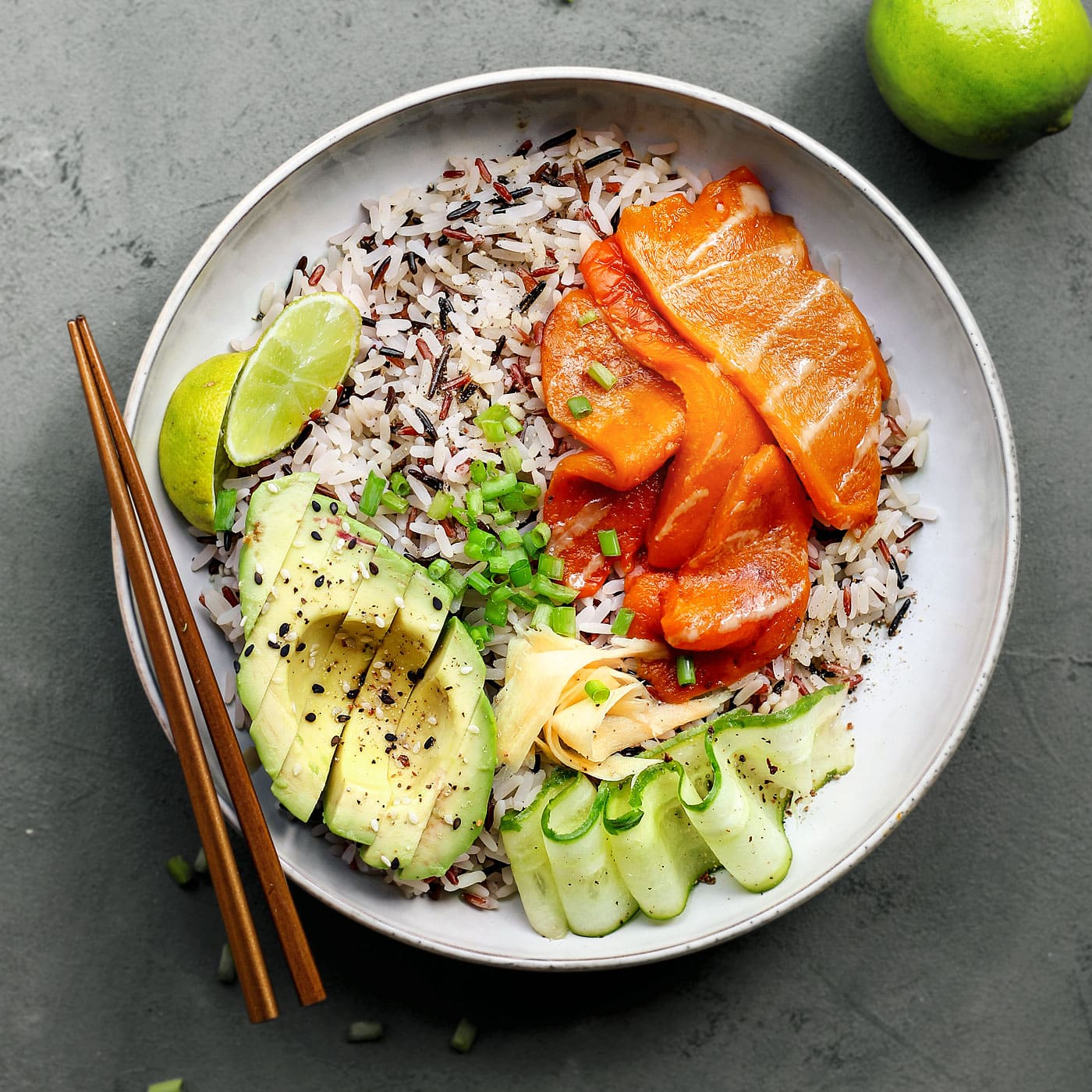 """Sushi Bowls With Vegan Smoked """"Salmon"""""""